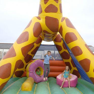 Camping à Oléron avec château gonflable