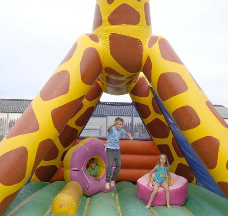 Campsite in Oléron with Bounce House